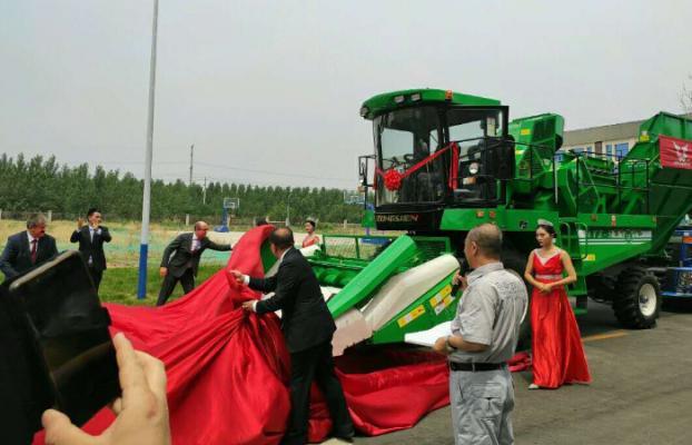 «Гомсельмаш» поставит в Китай партию машинокомплектов более чем на $1,5 млн